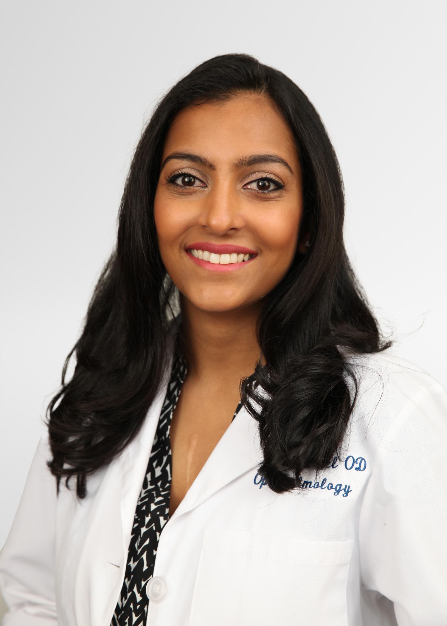Roshni-Patel-Headshot-AEC